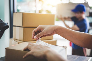 Essential Shipping Tools and Tips for New Sellers